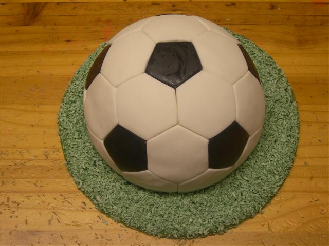 football cakes images